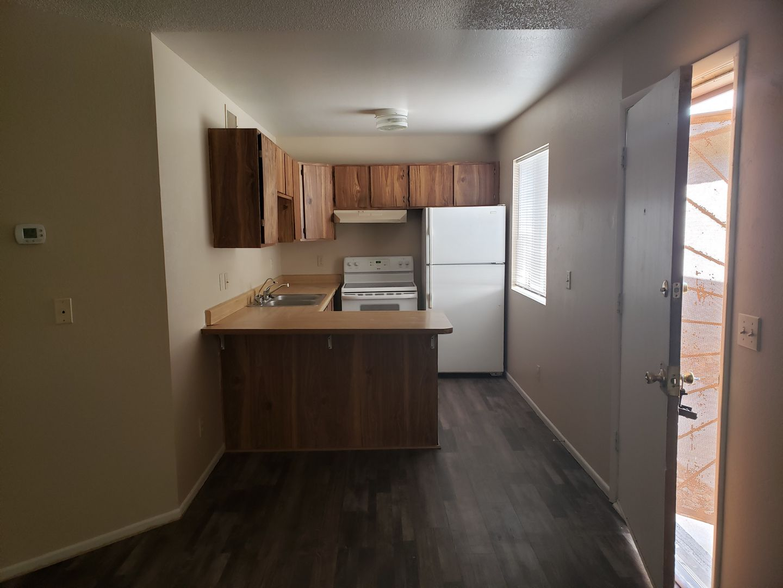 2690 McCulloch Blvd #4 Lake Havasu City AZ 86403 - Photo 1