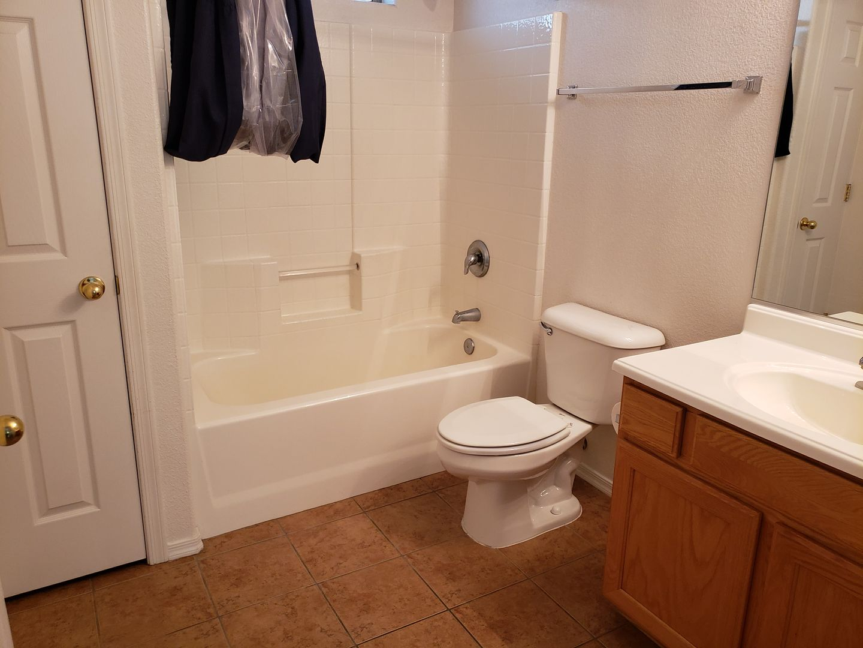 2820 McCulloch Blvd - Unit #101 Lake Havasu City AZ 86403-5465 - Photo 4
