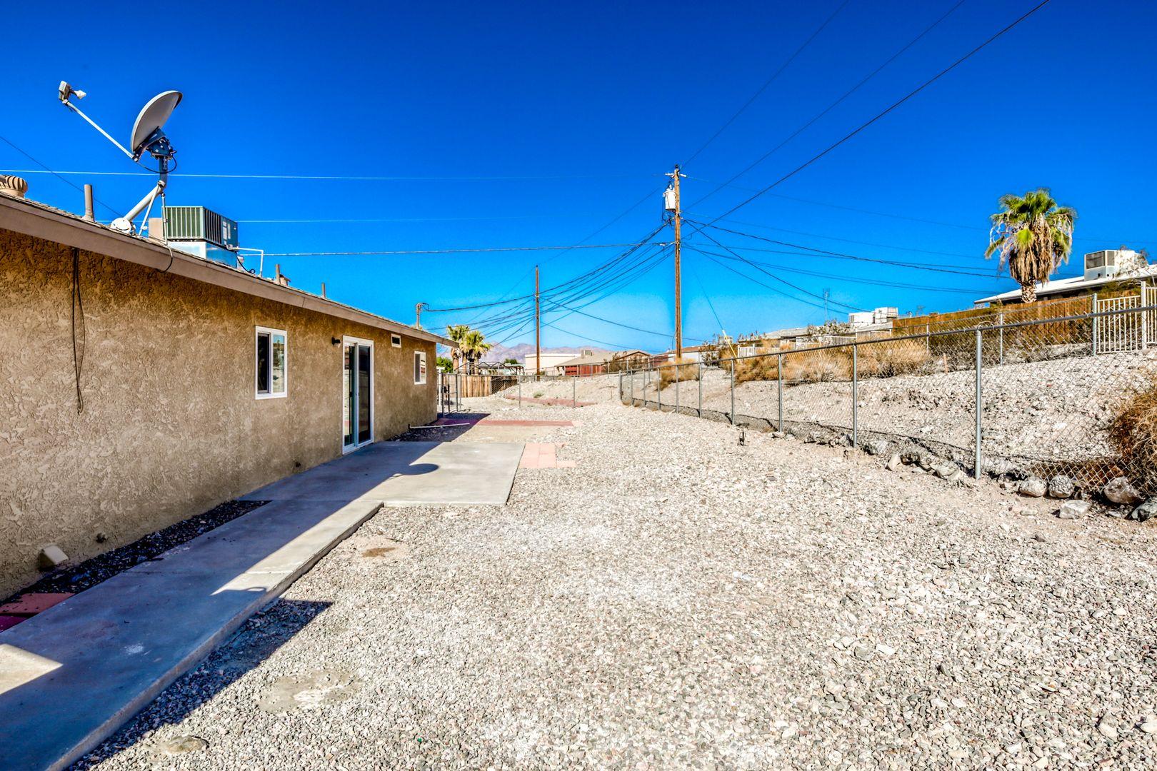 2265 Malahini Dr. Lake Havasu City AZ 86404 - Photo 10
