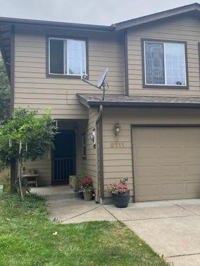 2111 Plentywood Lane, Eugene, OR 97404