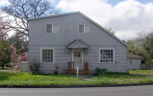 414 Mill St, Springfield, OR 97477