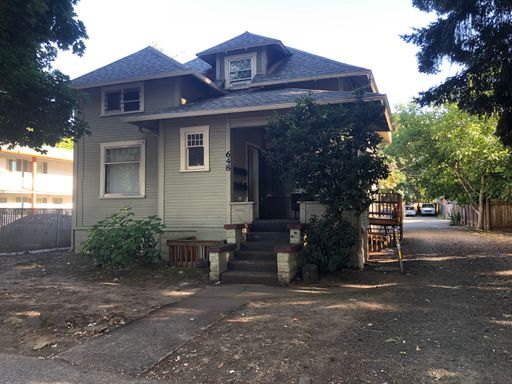648 West 5th Ave #1, Eugene, OR 97402